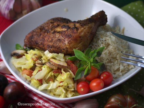 Spitzkohlcurry mit Hühnerschenkel und Reis