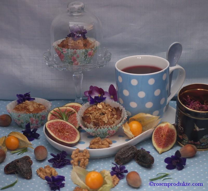 Kleine Törtchen mit Tee