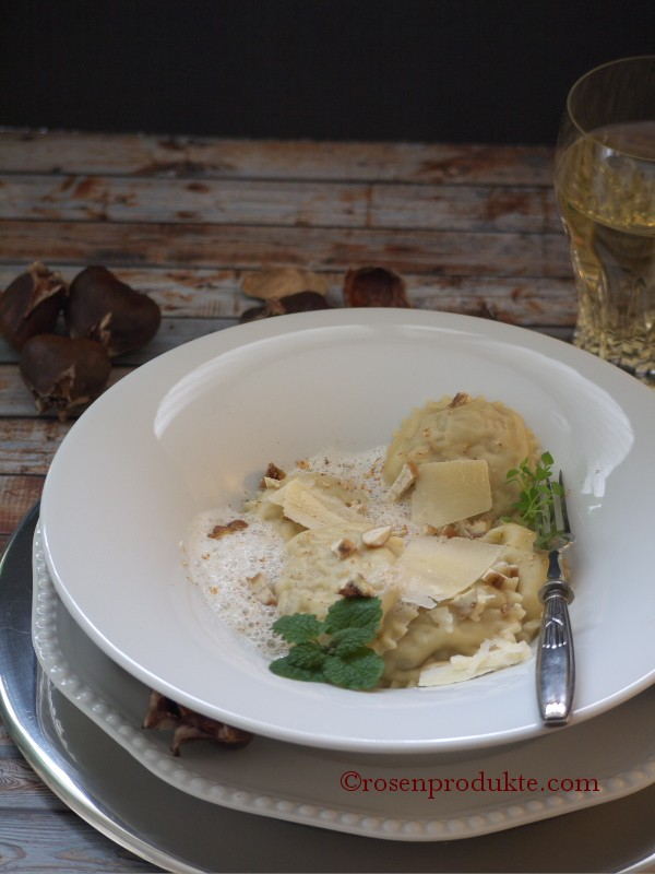 Ravioli mit Parmesan