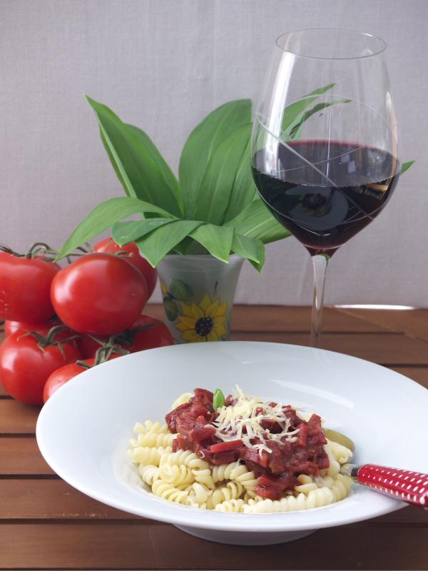 Bolognese aus Gemüse und Rotwein