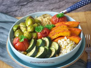 Gemüse Food Bowls mit Rosenkohl