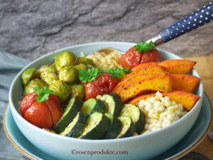 Gemüse  Food Bowls mit Zucchini