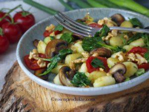 Großartige Gnocchi – Pfanne mit Zitronen-Balsam-Essig