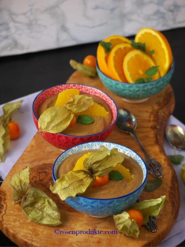 Olivenholzbrett mit Avocado Schoko Creme Bestes Schoko Dessert