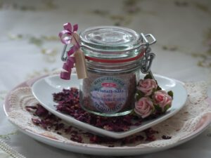 Rosenblüten-Salz für Bärentatzen rezepte