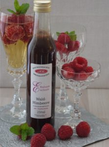 Read more about the article Waldhimbeeren Balsamessig