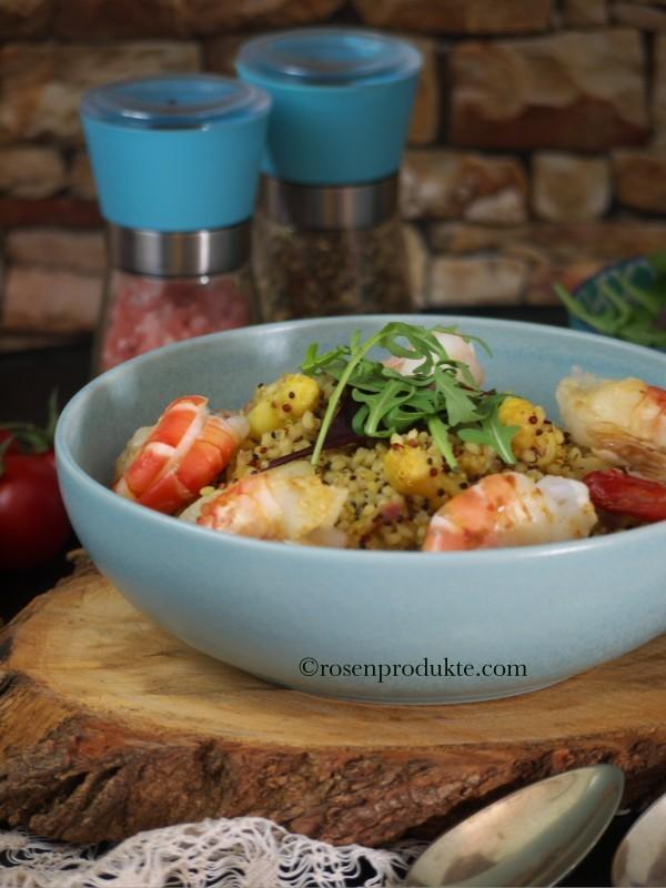 Erstaunlich einfaches Spargelrisotto mit Graupen, Garnelen und Rucola-Salat