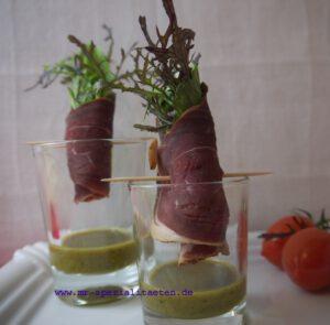 Salat im Glas Salatröllchen mit Schinken